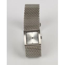 Luxusné hodinky odtieň bielej