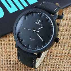 Yazole pánske hodinky s čiernym remienkom