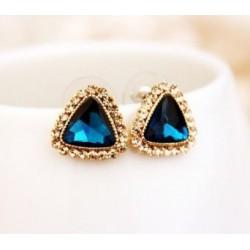 Trojuholníkové náušnice s modrým kryštálom