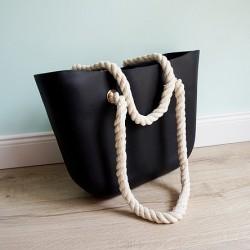 HIT SEZÓNY - štýlová silikónová kabelka čiernej farby